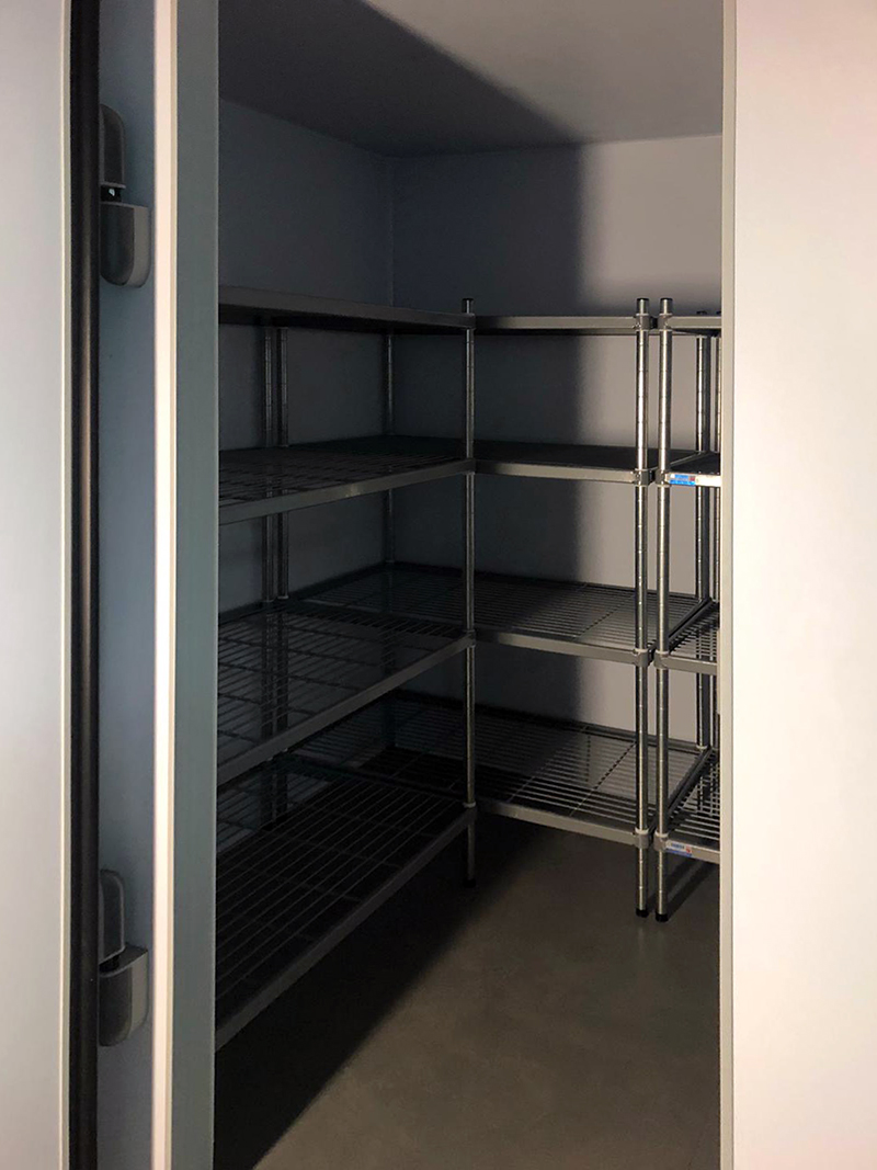 peri-peri-chicken-cold-room-installation-in-hereford